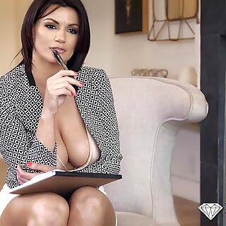 Buxom sex terapeut tittifucked før doggystylereport denne videoen