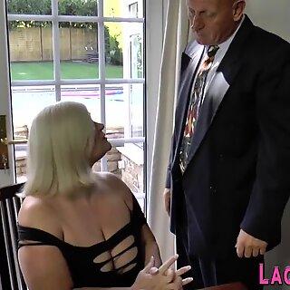 Lacey Starr cavalga anal