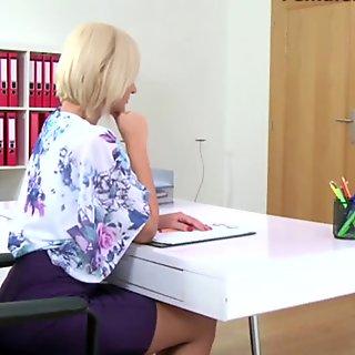 Olga undresses at casting
