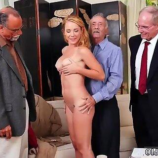 Lindas chinas jovencita masturbación y morena anal calcetines frannkie and the gang tag team - Raylin Ana