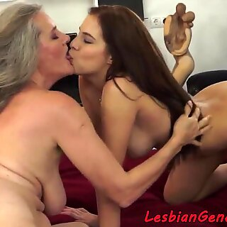 Pussylicking grandma fingers tight babe