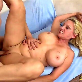 Golden Slut - جذابة جدة كالا كريفيس كشكول 2