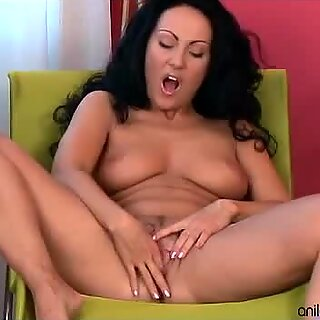 Stunning busty mom solo striptease