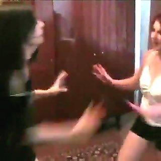 Room Mates Catfight