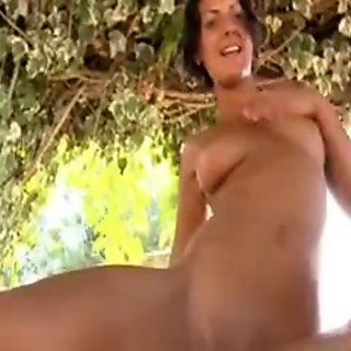Five naked girls learn jerking holes