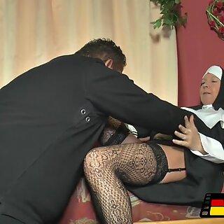 A freira para Jim