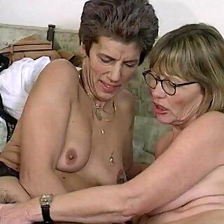 Szorstkie Lesbijki Babunie Dildo Udostępnianie
