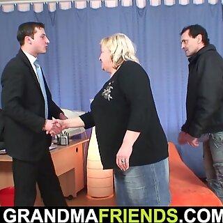 Velmi stará Babička Dvojitá penetrace