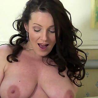 Hot Britänicas Mãe ama se masturbar