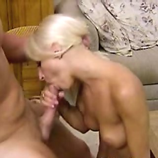 Busty amateur Sammy on 69 and cock sucking action