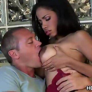 Maduras Latina Havana Ginger tem sexo quente selvagem