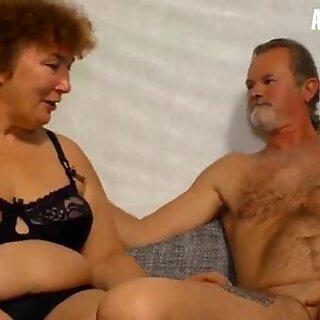 Amateur euro - bbw deutsch oma heike r. fickt Hardcore mit Ehemann