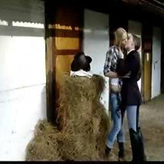 Lovely blonde amateur lesbians kissing and having lesbian