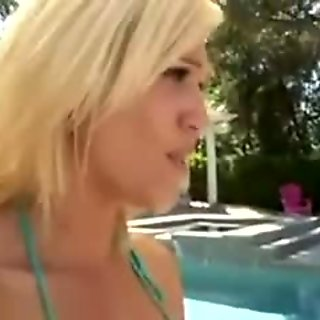Blonde MILF Seduces Stepdaughter xXx