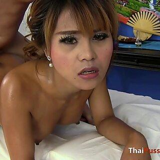 泰国人可爱获得摩擦然后从后面搞砸