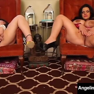 Bbws Angelina Castro și Samantha 38g au sâni uriași!