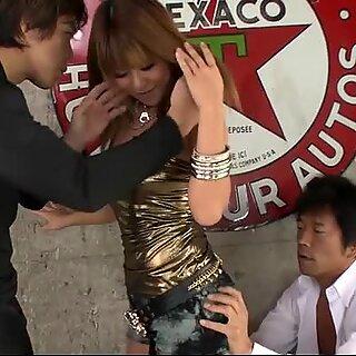 Kokoa Ayane is a hot Asian seductress