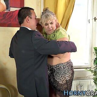 Spex Abuela chupa verga