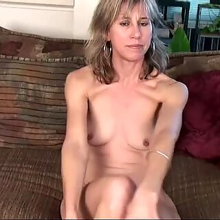Wife Olive Jones Fingers Box
