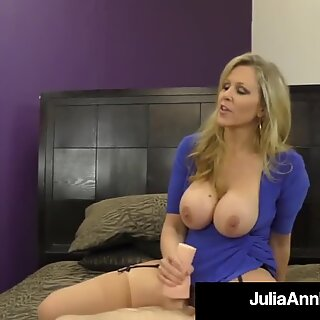 Dominující mamina ms. Julie Ann neobjednává sperma od péro!